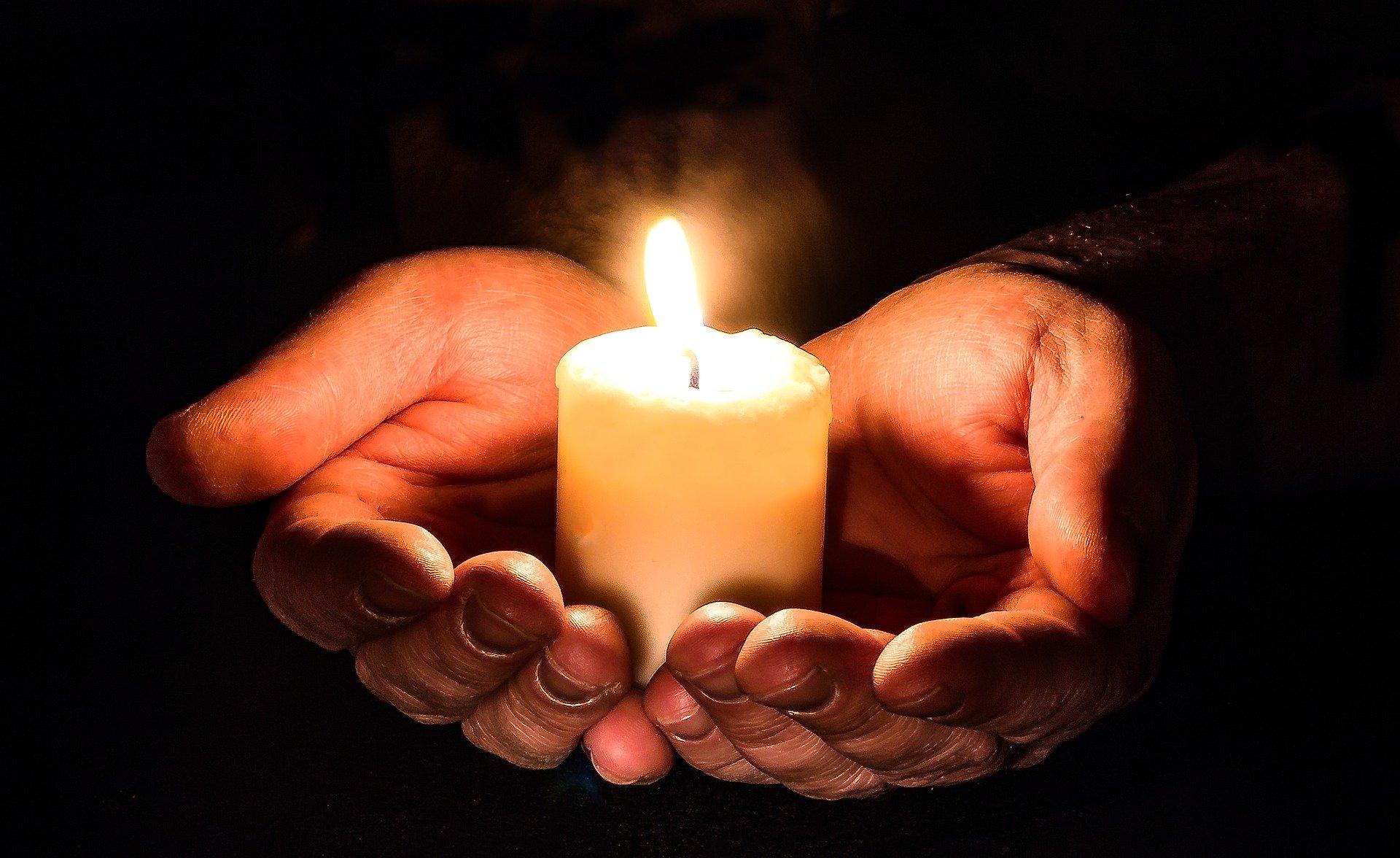 PG Hillesheim Gebet am Donnerstag Quelle: ©Myriams-Fotos - pixabay.com