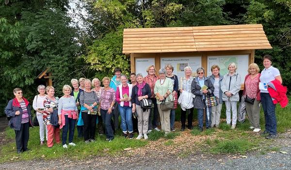 kfd-Dekanat Neuwied Besuch FriedWald